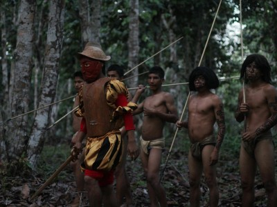 Le conquistador et les indigènes
